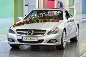 amgmarket.com | 2011-11 Last SL Model R-230 Rolls out of Bremen